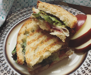 Easy Lunches with McKenzie Natural Artisan Deli