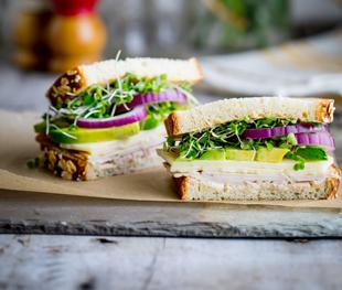 Turkey Sandwich w. Avocado & Sprouts